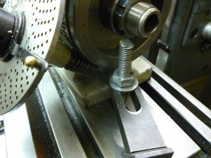 Dividing head clamped to milling table - 456