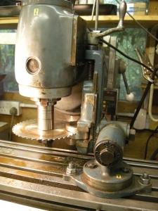 Use of large diameter slitting saws - 265