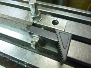 Vertical clamp 3 - 670