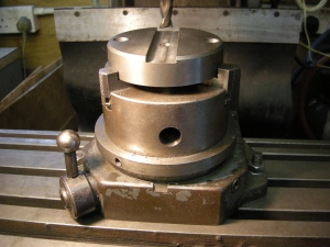 Indexing 3-jaw chuck - 50