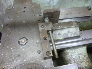 2001 stop for the fourway toolholder in the x direction