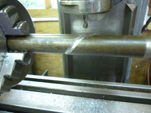 692 cutting a lubrication channel