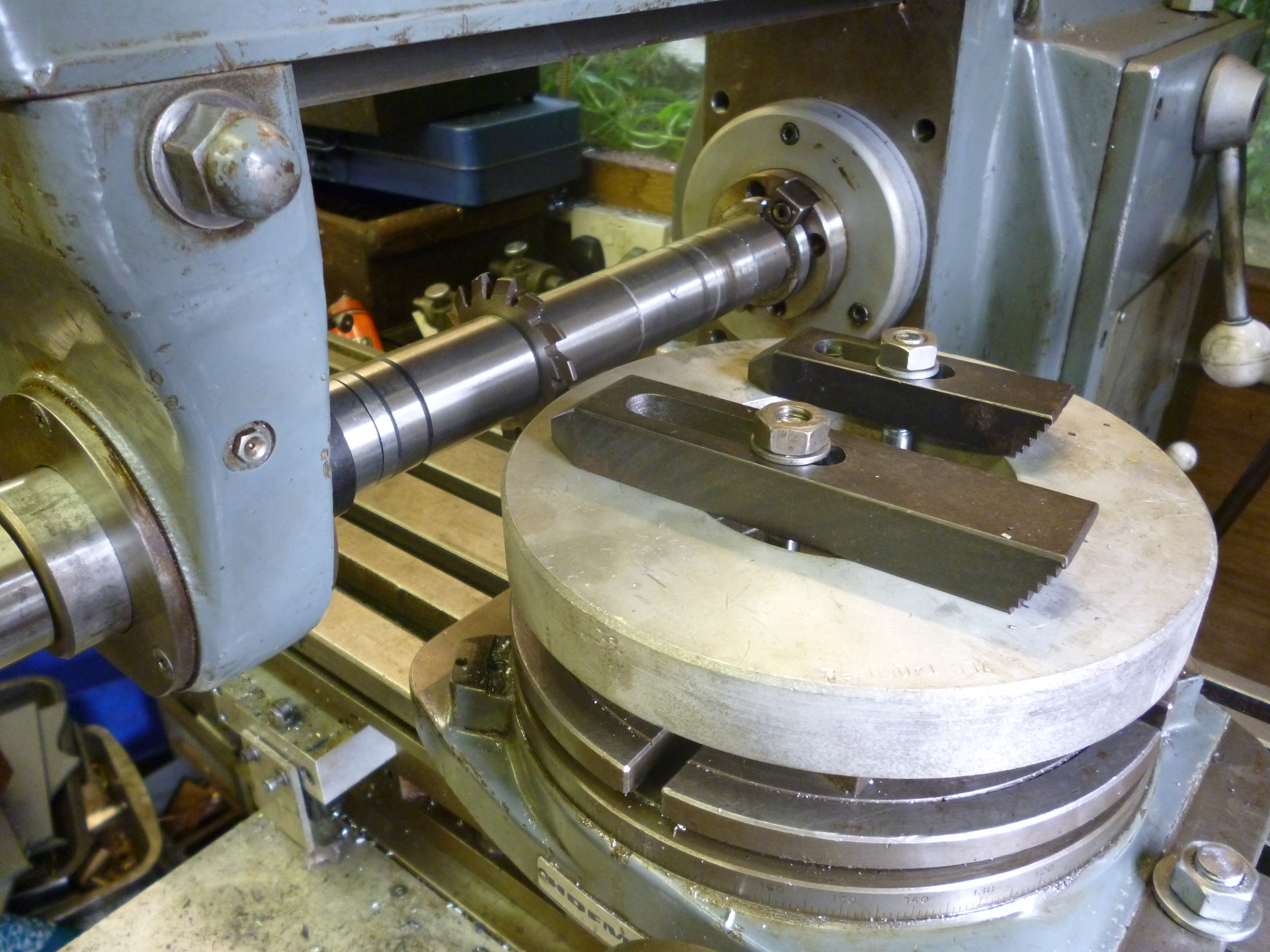 Making Large Spur Gears Using A Rotary Table John F S