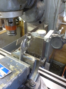586 aligning a tilting vice