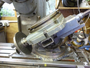 697 rotary table on tilting vice