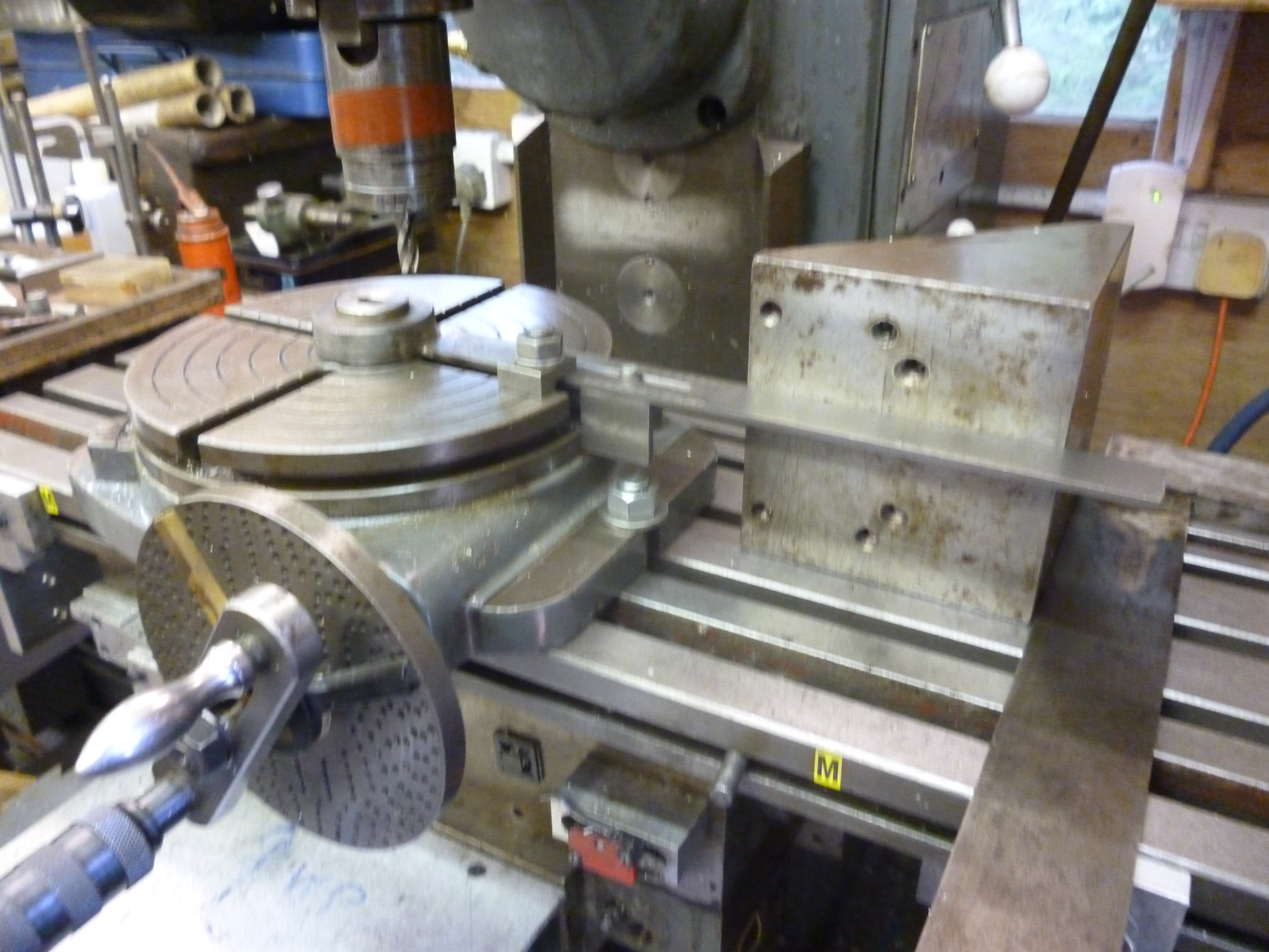 Rotary table alignment with vertical spindle john f 39 s for Table vertical align