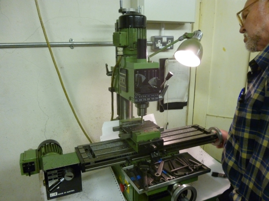 653 vertical milling machine