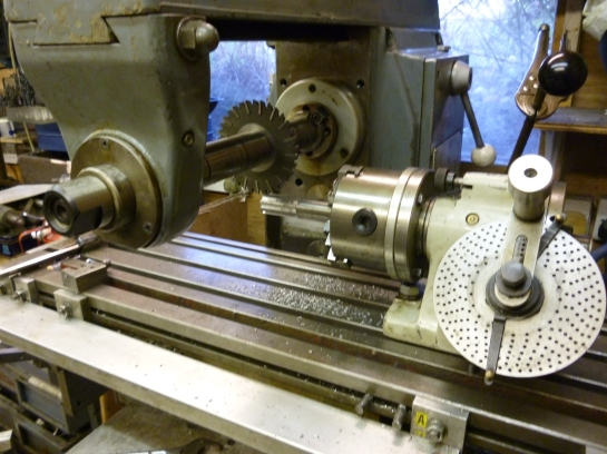 455 cutting a spline on a horizontal milling machine