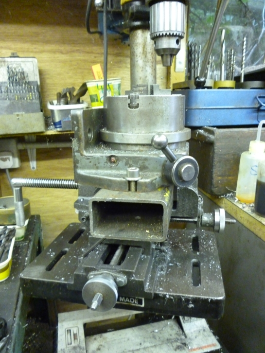 3109 rotary table on pillar drill