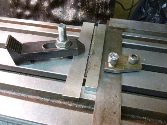 5054 square clamp in use
