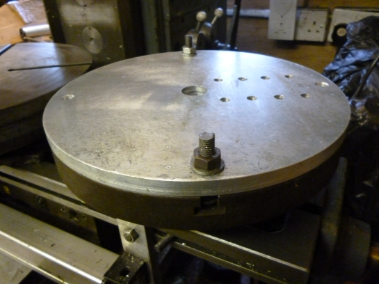 6095 auxiliary plate fitted to the rotary table