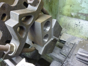 2414 cylinder block second bore